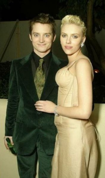 Elijah Wood and Scarlett Johansson Hanging Together As Kids