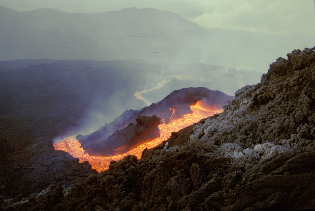 Amazing Pictures of Lava