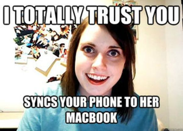 overly_attached_girlfriend_hilarious_meme_640_16.jpg
