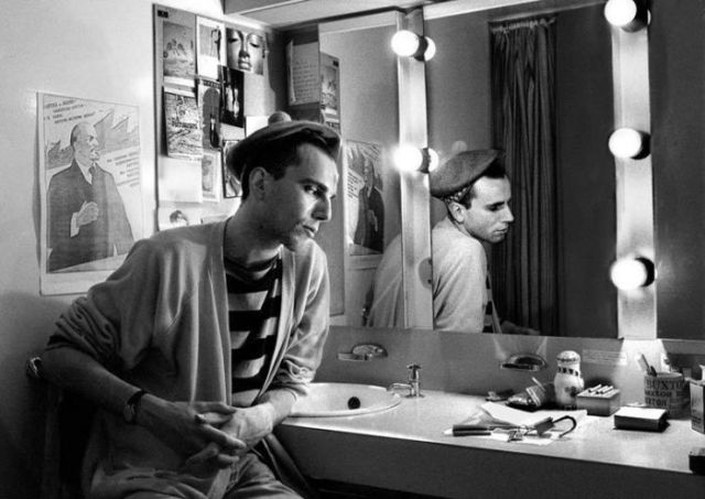 The Half Photo Project Shows Celebrity Actors Preparing for the Stage
