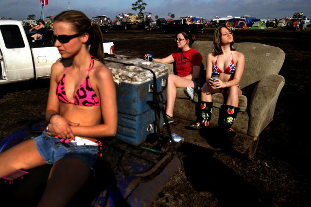 Okeechobee Mudfest Is the Ultimate Mud Party (38 pics ...