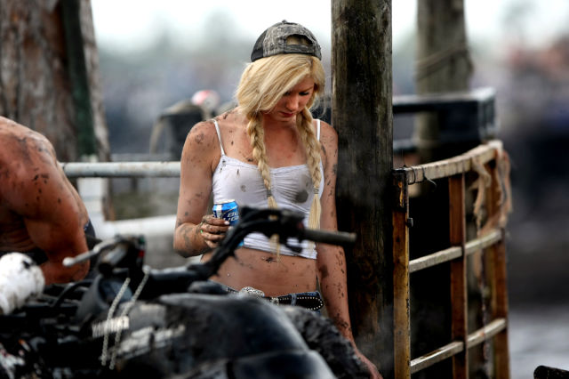 Okeechobee Mudfest Is The Ultimate Mud Party 38 Pics - Picture 22 - Izismilecom-2094