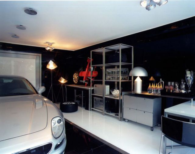 The Most Unconventional Garage from Brazilian Designer