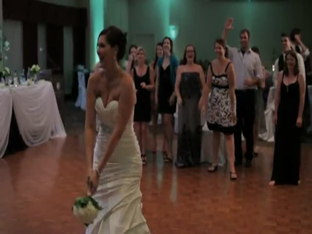 Bouquet Toss Goes Wrong