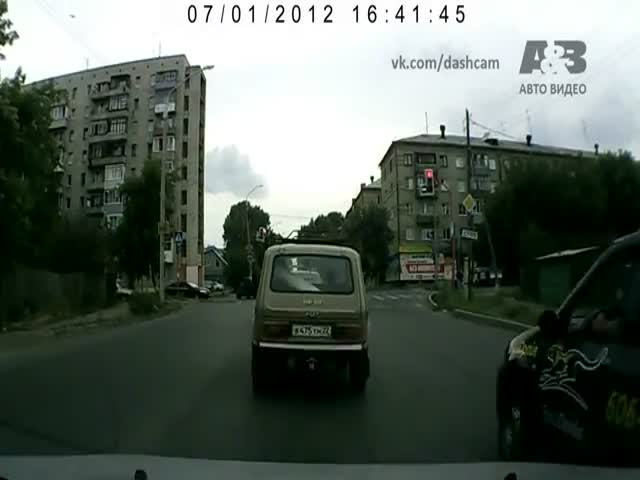 How They Deal with Road Rage in Russia!