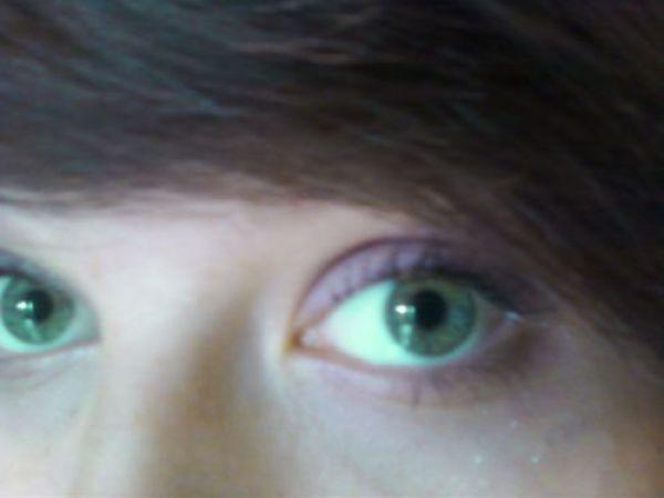 Hey Green Eyes
