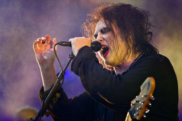 The Cure's Lead Vocalist Looks Different Nowadays