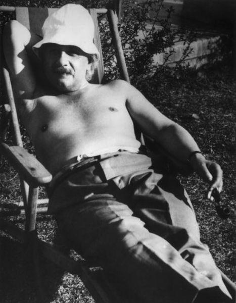Einstein at Ease