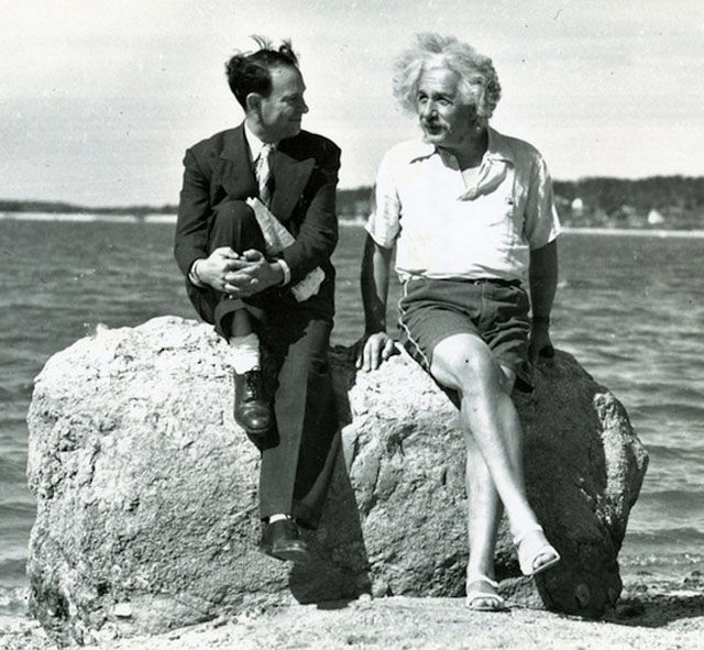 Einstein at Ease