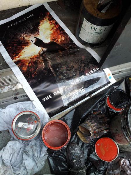 """Enormous """"Dark Knight Rises"""" Mural"""