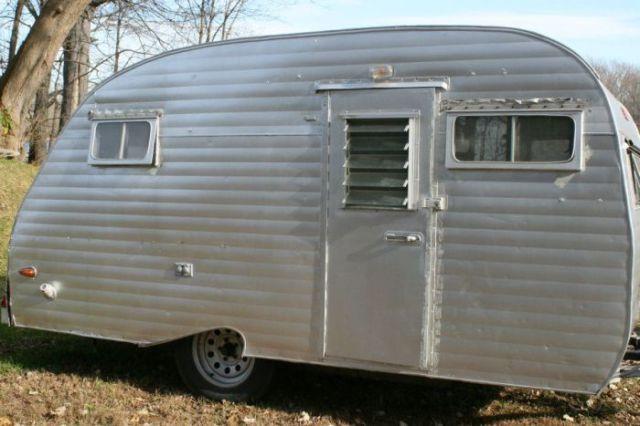 Vintage Camper Amazingly Rebuilt