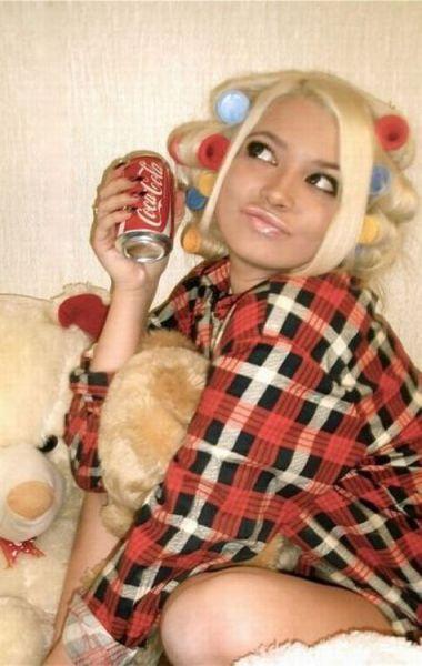"""Glamorous"" Russian Social Network Girls"