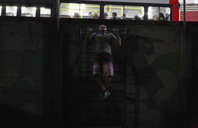 Cool Gym under a Viaduct in Brazil