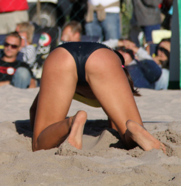 Olympic Beach Volleyball Is Purely Awesome (25 pics ...