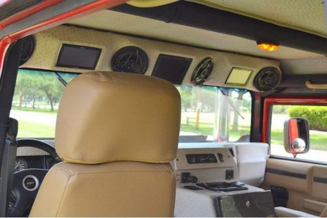An Offbeat Way to Customize a Hummer