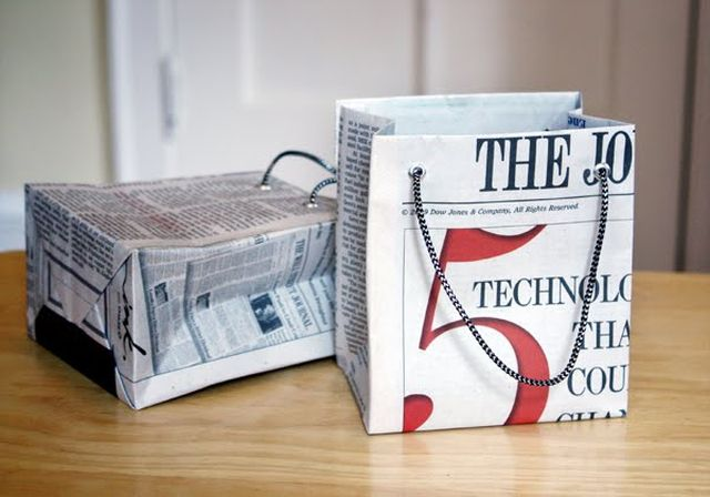 DIY Newspaper Gift Bag