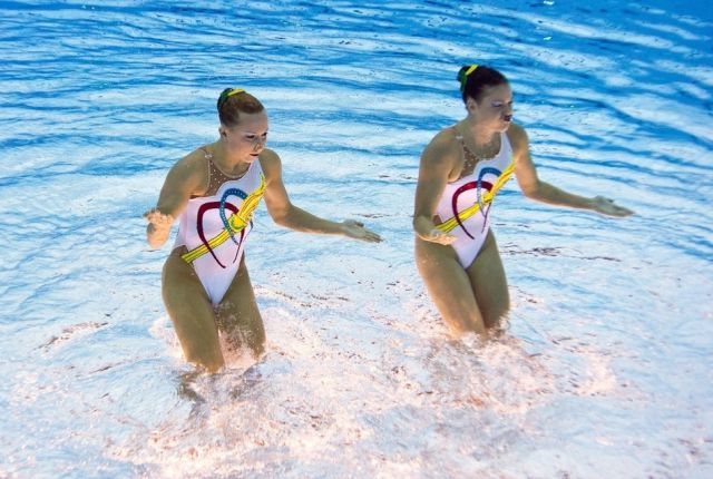 Synchronized Swimming Seen from a Fresh Angle