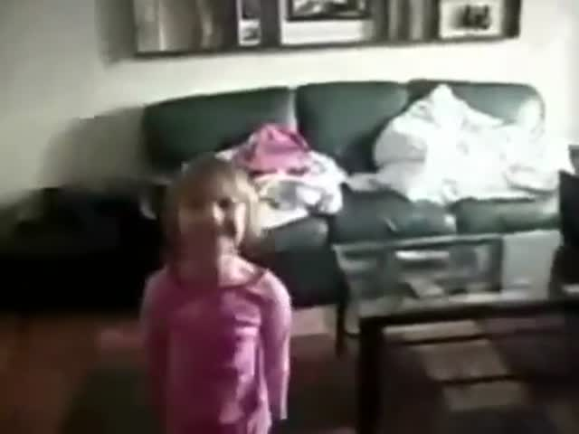 These Little Girls Have an Efficient Protector