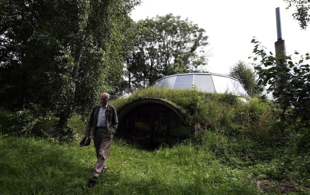 Czech Man Builds an Amazing Sci-Fi House