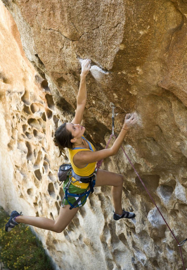 Girls And Rock Climbing Equals Good Time 40 Pics
