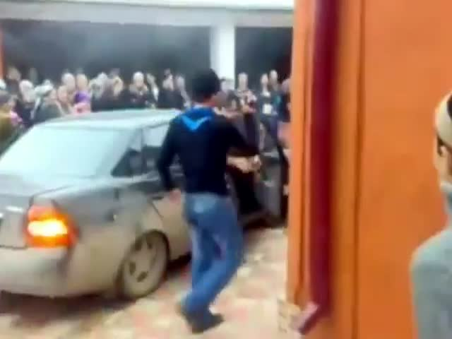 How They Drop Kids Off at School in Chechnya