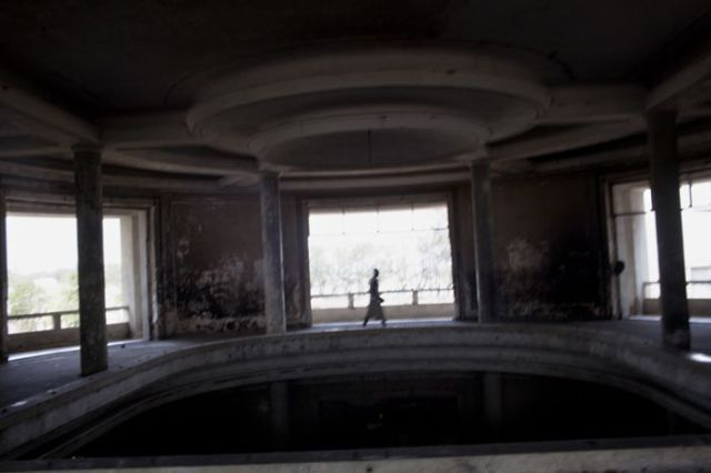 The Decay of the Grande Hotel in Mozambique