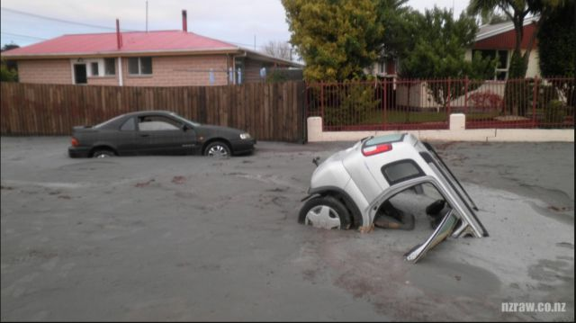 Christchurch Liquefaction 26 Pics Izismile Com