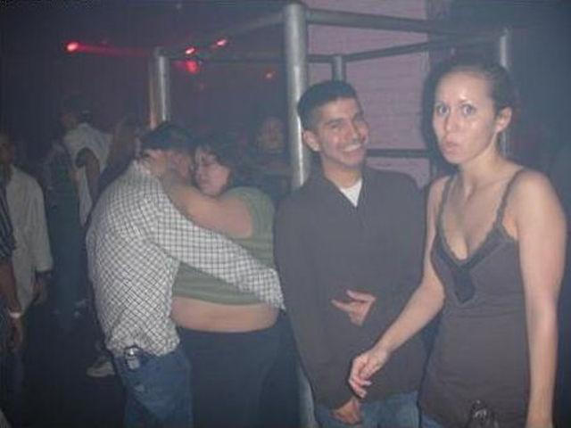 Painfully Awkward Nightclub Photos 50 Pics - Izismilecom-3312