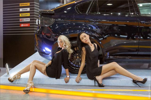 2012 Moscow International Auto Show Girls Part 1 | Carsfresh