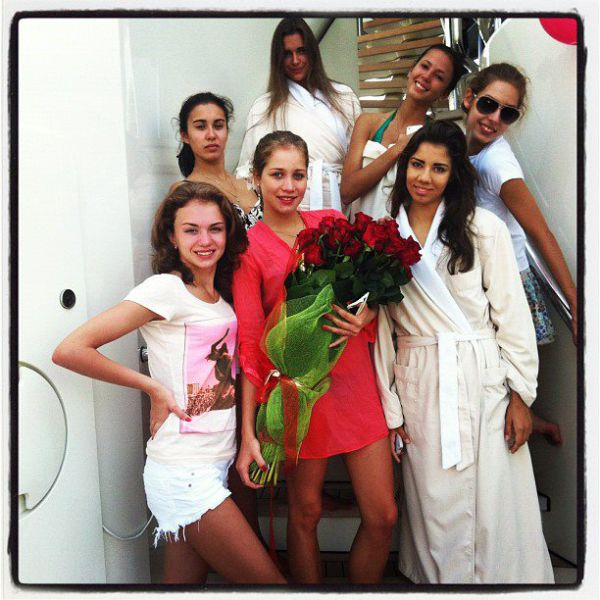 Russian Girls from National Rhythmic Gymnastics Team Relax in Sardinia