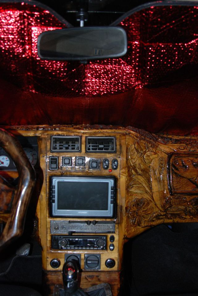 DIY  Lada Dashboard Customization