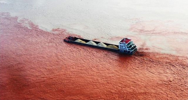 Yangtze River Turned Red
