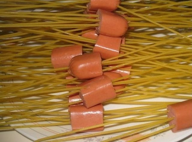 How to Make Spaghetti Sausage