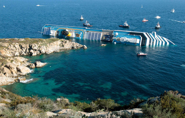 Capsized Costa Concordia Became a Weird Tourist Attraction