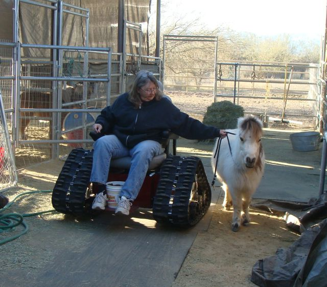 Off-road Tank Wheelchair