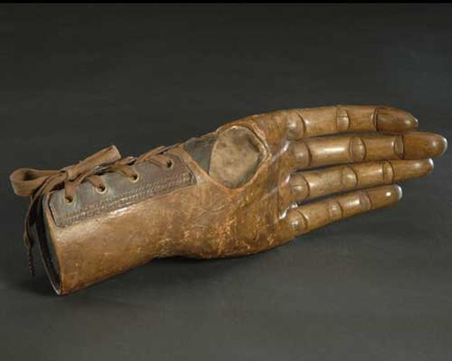 That's What Prosthetics Looked Like in the Past