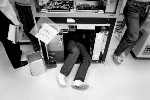 Early Behind-the-Scenes Photos of Famous Computer Companies
