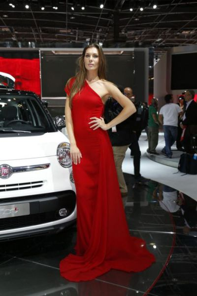 The Lovely Girls of the Paris Motor Show 2012