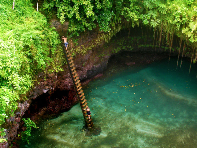 Sua Ocean Trench Is a Sight to Behold