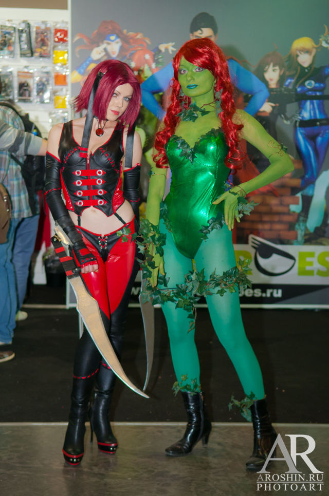 Girls from IgroMir 2012