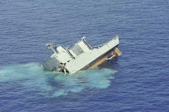 Great Pics of American Ship Sunk At Sea