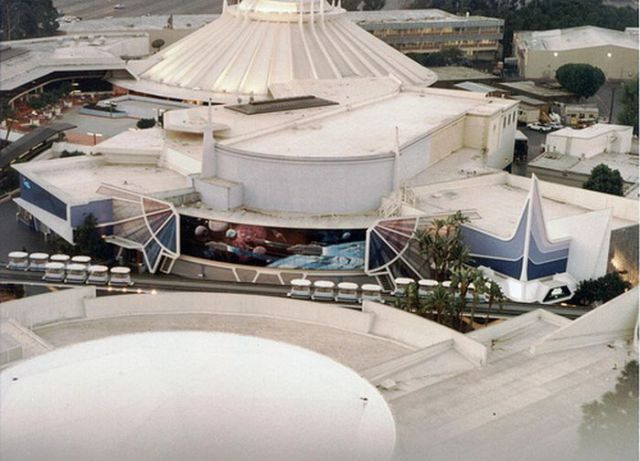 A Behind-The-Scenes Tour of Disneyland