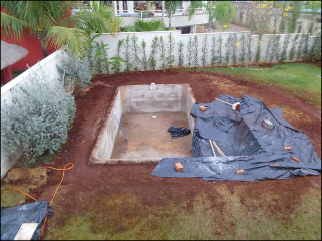Diy Swimming Pool Conversion 26 Pics Picture 18