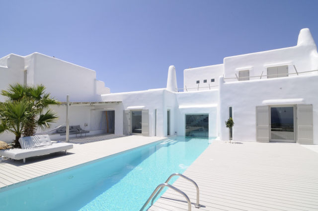 Who Needs a Holiday with a House Like This!