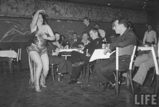 Strippers are, Literally, a Thing of the Past!
