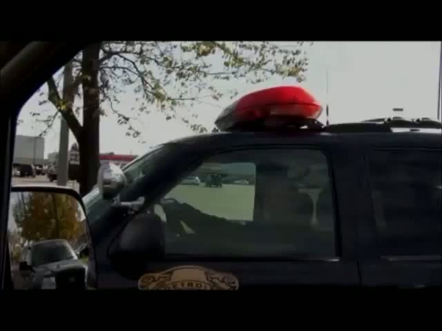 WTF. Motorist Tries to Pull Over a Cop