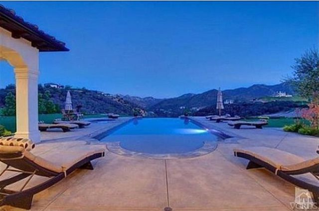 Britney Spears' Swanky New Mansion