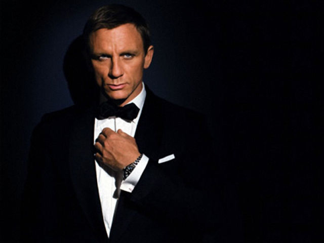 A 40 Year James Bond Timeline
