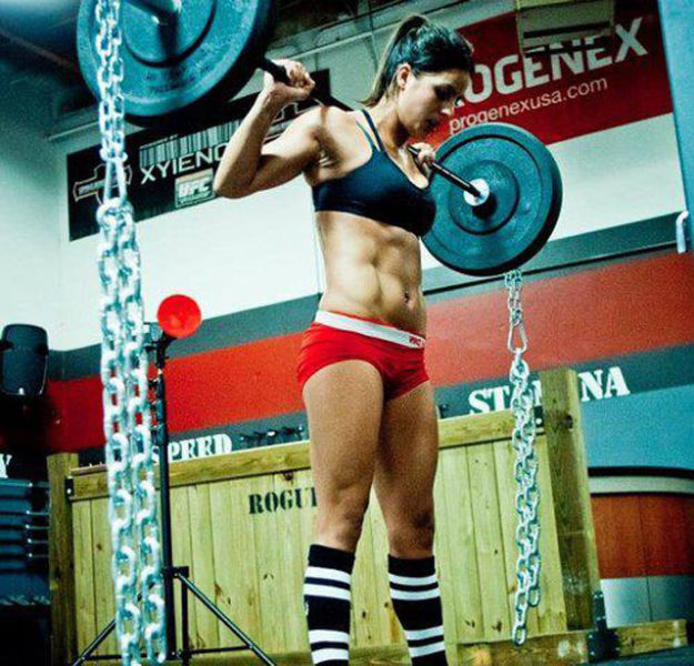 Fit Girls That Are Almost Too Hot to Handle!