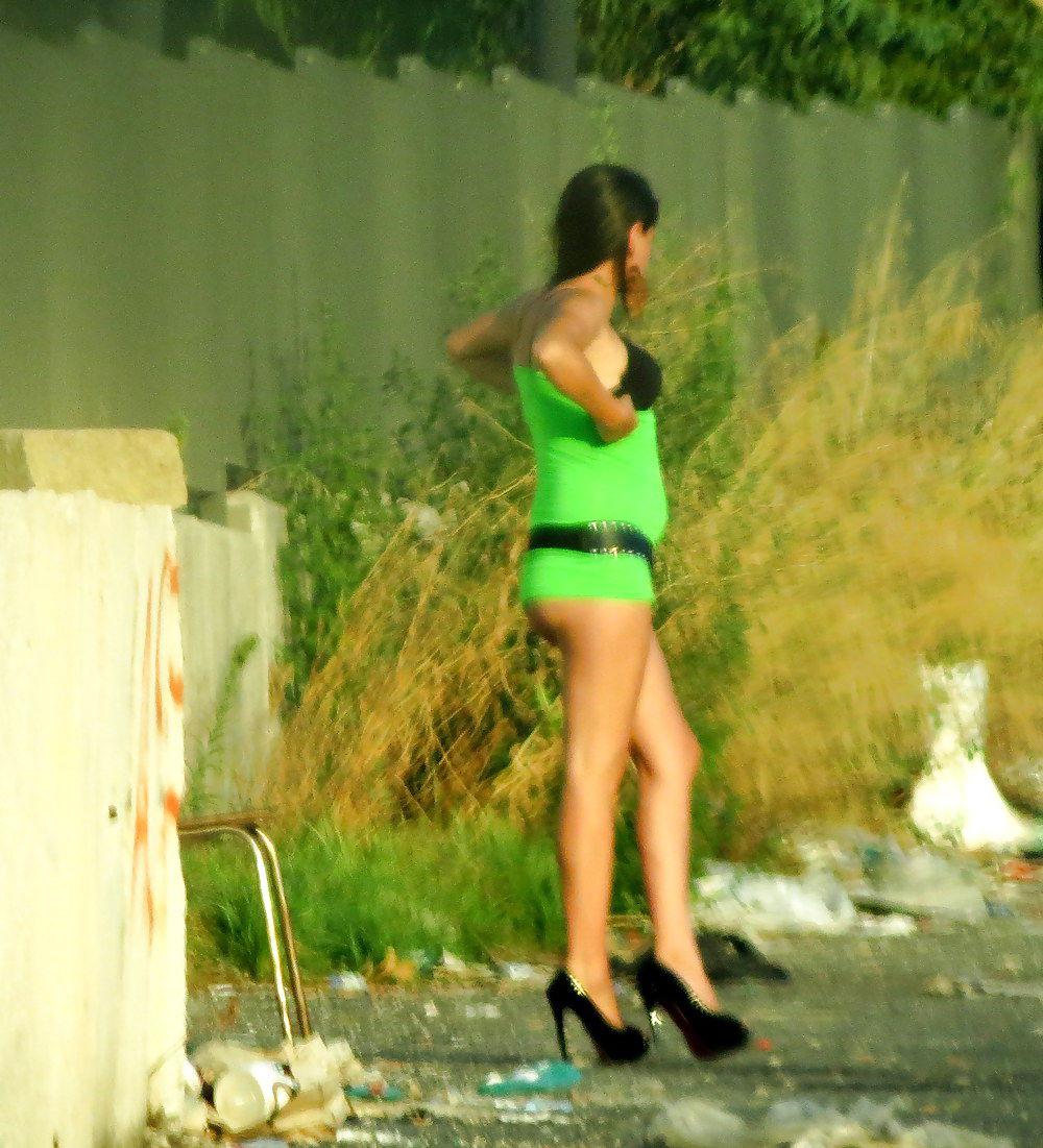 Фото девиц лёгкого поведения 5 фотография